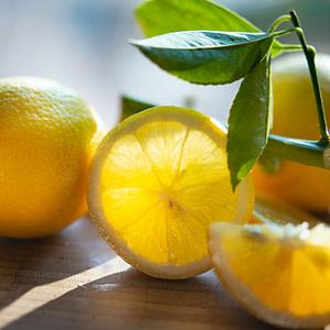 Lemon Juice & Its Refreshing Health Benefits